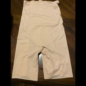 SPANX extended length short cream color size med